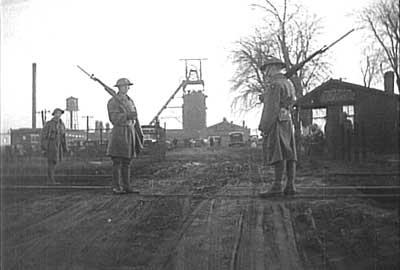 Soldiers at Kincaid, Illinois Number Ten coalmine, 1930s